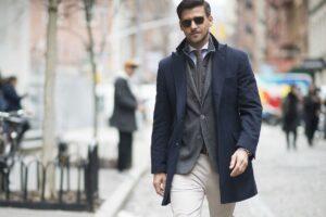 Con qué combinar un pantalón blanco de hombre
